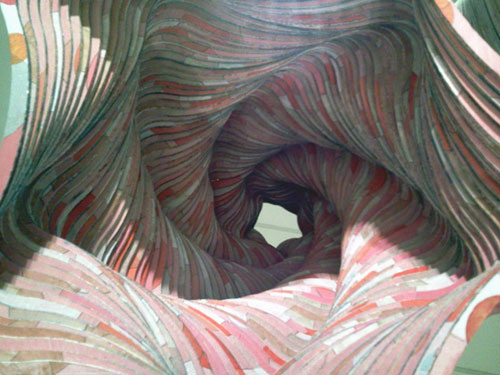 IRENE BANCHERO, Tres panoramas (panorama 1, panorama 2, panorama 3). Instalación: MDF, pintura acrílica, espejo. Dimensiones variables. 2013