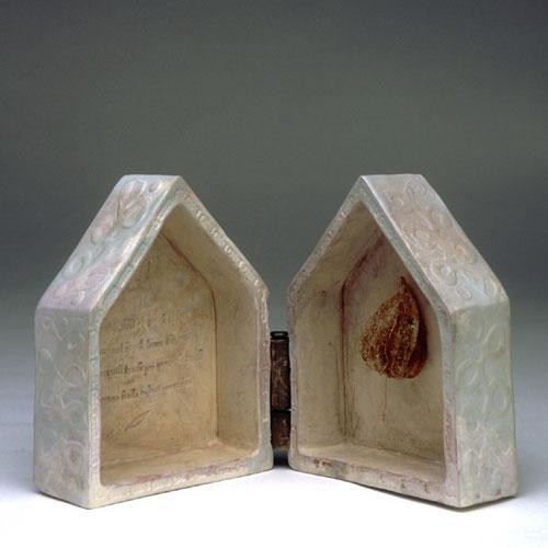 Sarah Saunders sculpture
