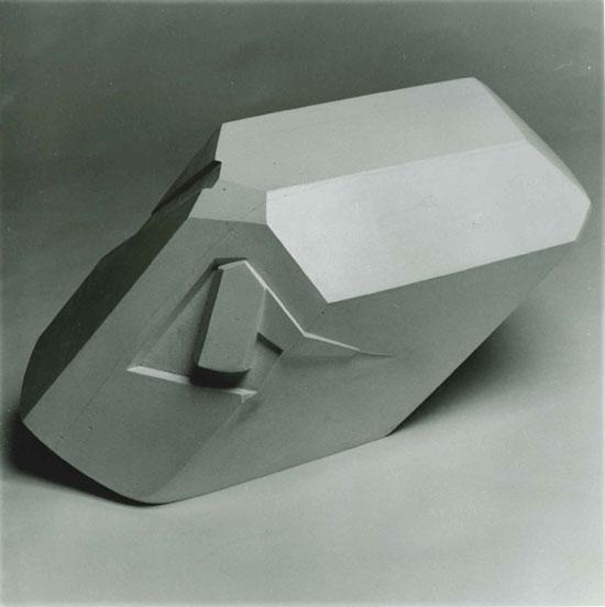 Robin Peck, Gypsum Crystal III, 1993-1994, gypsum plaster for bronze, 38 x 72 x 40 cm.